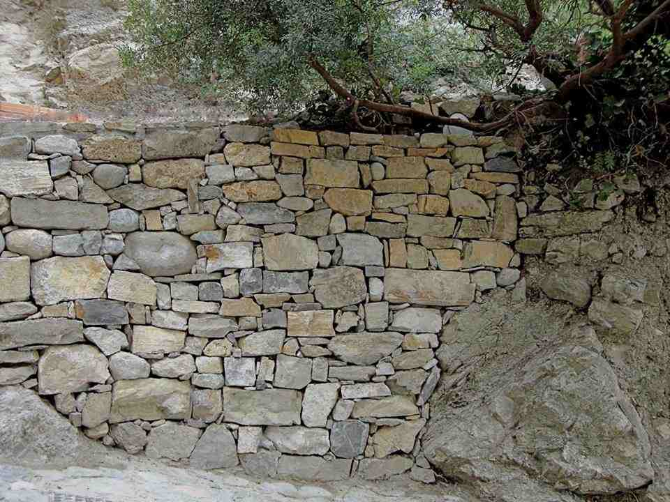 The self built dry stone wall in the centre of the Ecovillage